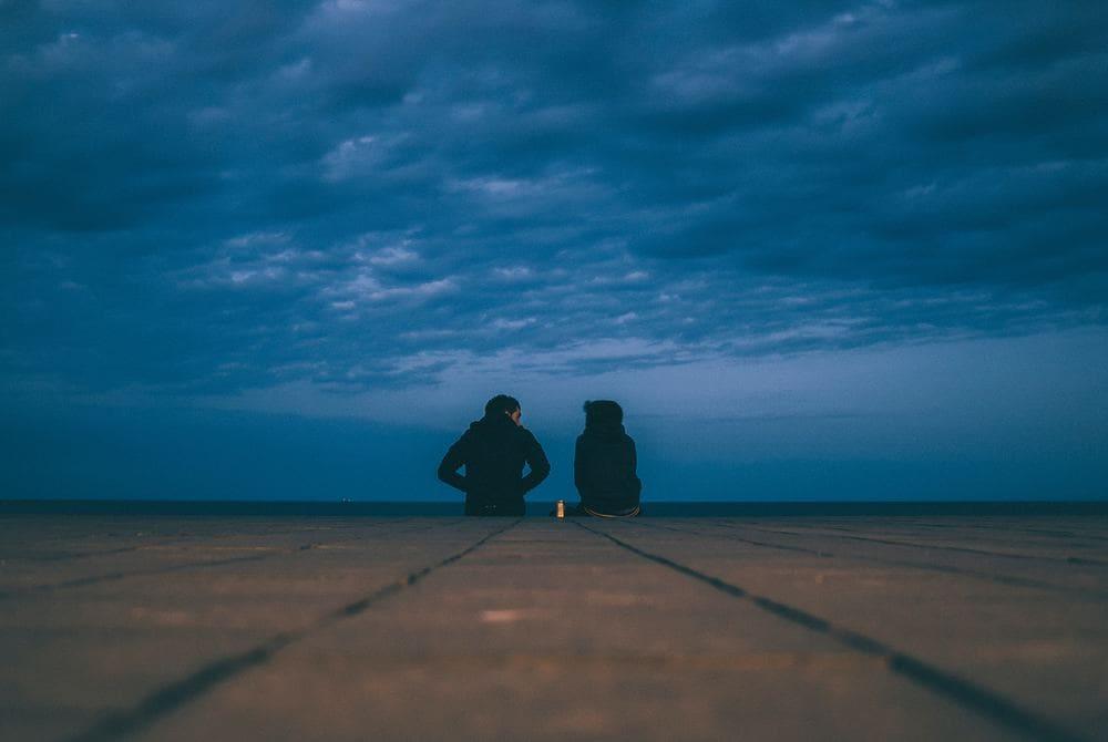 Bleibe mit deinem Partner in Kontakt