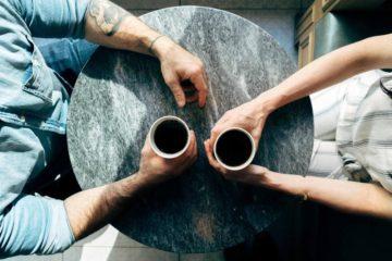 Die Methode des Zwiegesprächs kann Paaren helfen