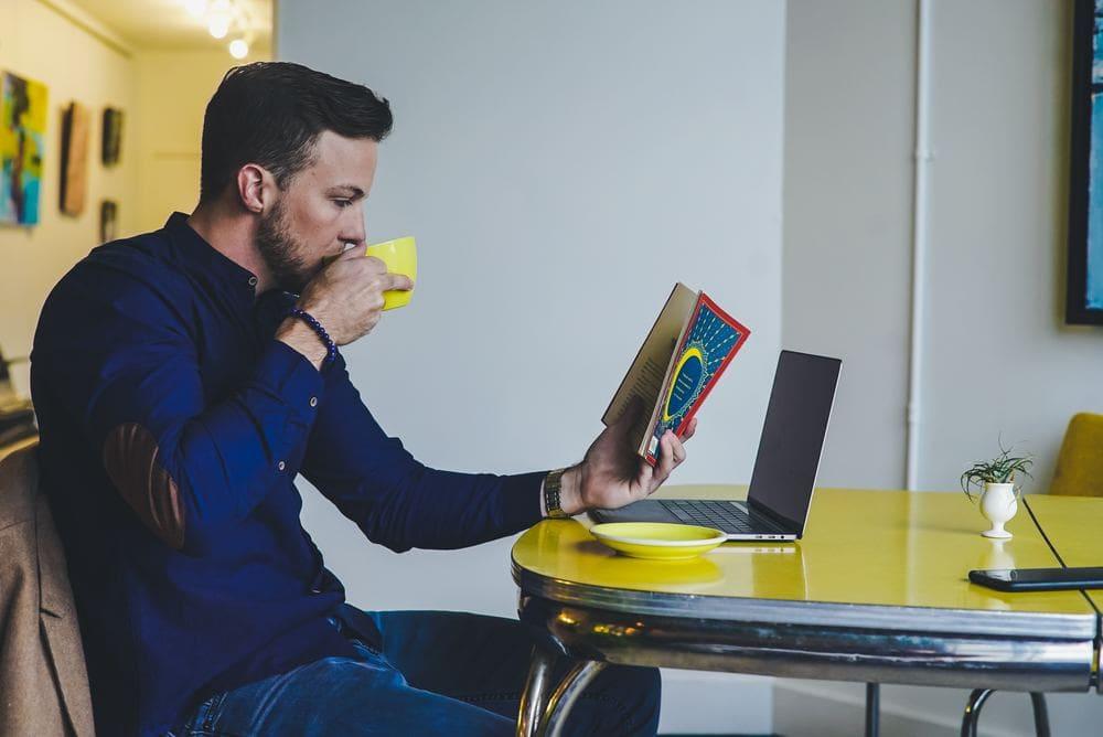 Fernbeziehung Tipps Vermissen Distanz PSY-ON Tricks Beratung Nähe Sehnsucht Bild