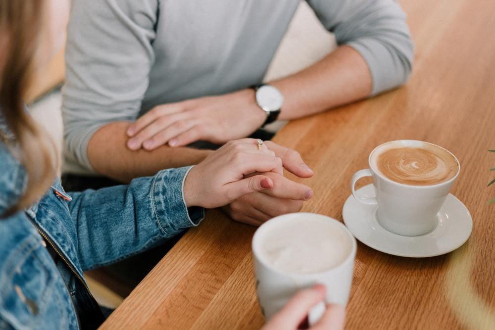 Viele Paare kämpfen mit Herausforderungen in der Kommunikation